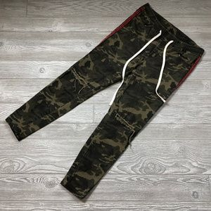 American Bazi Camo Distressed Joggers Men's XL P2